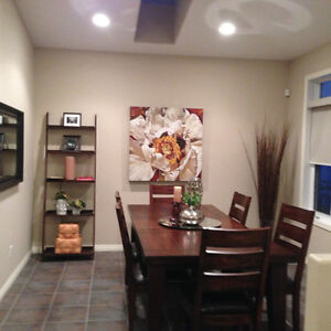 Immaculate Dinning Room Set
