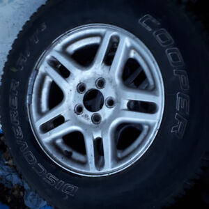 Cooper Discoverer A/T3- 235/70R16
