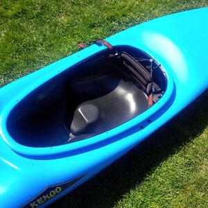 Eskimo Kendo kayak whitewater/leisure 8.5ft London Ontario image 4