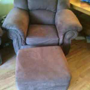 Brown Fabric Chair and Ottoman Kitchener / Waterloo Kitchener Area image 1