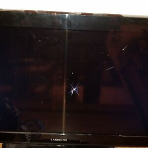 Samsung 32 inch TV for parts or fix