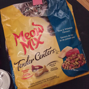 Cat Food and Treat $10