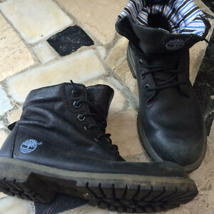 Moccassins, converse, timberland, Ecco, Born, Guess Kitchener / Waterloo Kitchener Area image 4