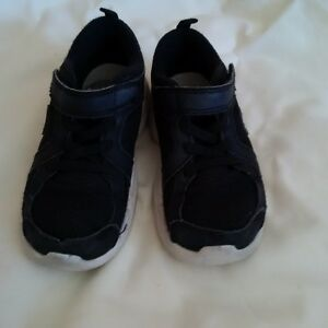 Boys Running Shoes & Sandals 8 - 11C