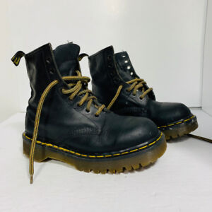 *DR MARTENS - Made in England - femme taille 6.5 ou 37.5*