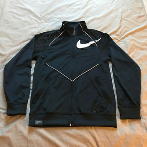 Nike Windrunner Jacket Coat Mens - $20