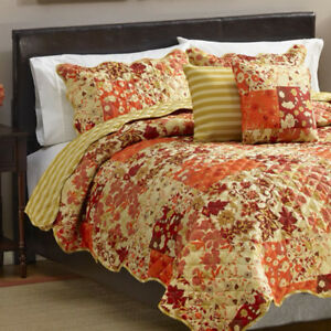 Cynthia 1Pc. Quilt  King, NEW