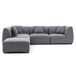 Sectional mobilia buy and sell furniture in ontario for Mobilia toronto