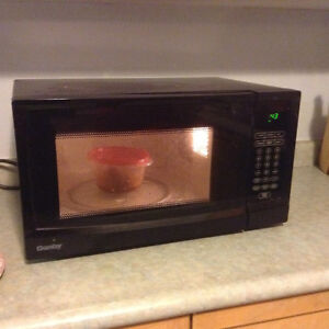 Good condition microwave -Danby
