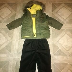 Oshkosh Boys 2T snow suit
