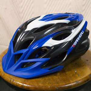 Casque vélo / Bike helmet - Louis Garneau Size Small / Petit