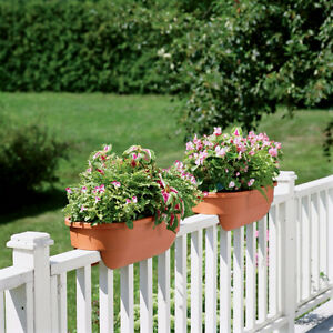 Set of 2 railing balcony planter pots