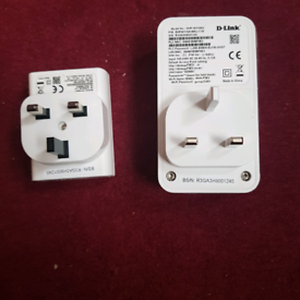Socket WIFI signal boosters