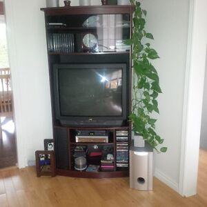 Meuble télé audio-vidéo et télé 32''