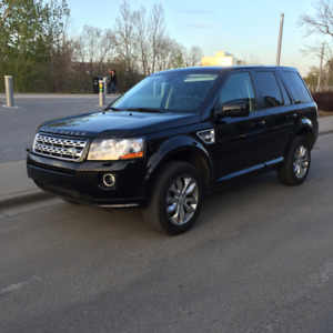 2014 Land Rover LR2 SE SUV, Crossover