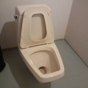 One Piece Toilet, Almond Color