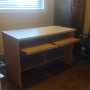 *** COMPUTER DESK FOR SALE *** $50 OBO