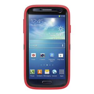 Hot pink OtterBox case for Samsung Galaxy S4