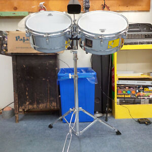 SET OF TIMBALES