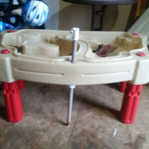 Kid's Sand and Water Table