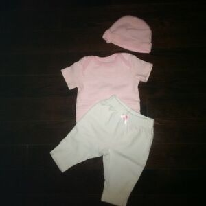 Gently Used 3 month Baby Girl Clothes London Ontario image 4