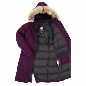 This is an authentic Canada Goose Jacket. You will see pictures