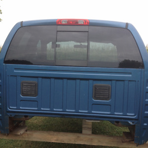 have 2004 dodge ram cab doors fenders windshield rear window