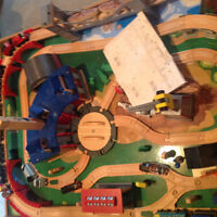 Imagination Train Table with lots of extras