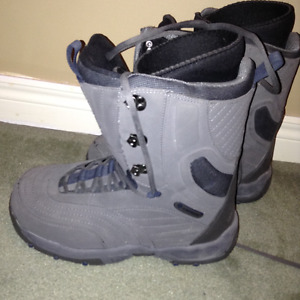 Airwalk Snowboards boots (Men's 12)