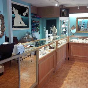6 BEAUTIFUL OAK JEWELRY LED DISPLAY CABINETS - Price Reduced Stratford Kitchener Area image 3