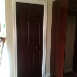 Used Folding closet door-Porte pliante de garde-robe usagé