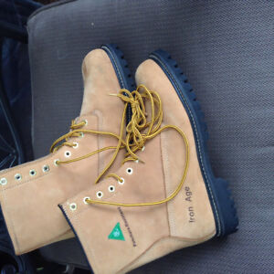 Construction boots Green patch, steel toe --$60