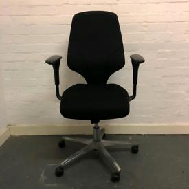 Giroflex G64 Task Operator Chair, full loaded in Black