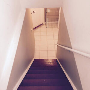 Basement Apartment for Rent (Newmarket, ON)
