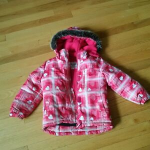 Oshkosh Girls size 5 snow jacket and Joe Fresh snow pants