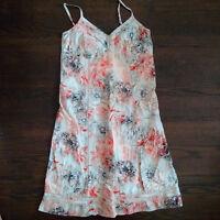 gros lot de vêtements- femmes- medium (moins 1$ par morceau)