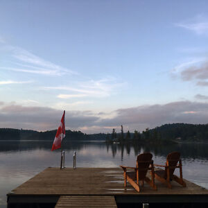 Cottage / Four Season Home WaterFront Two Acres Lac McGregor!