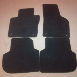 Carpet Floor Mats for VW Jetta - OEM (Front/Rear)
