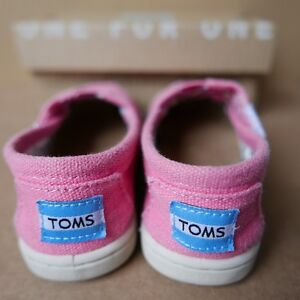 ***PINK TINY TOMS CLASSICS SHOES INFANT/TODDLER SIZE 5***