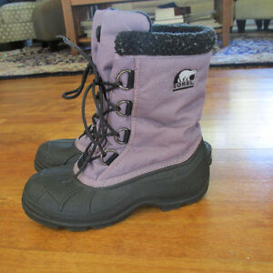 Women's Sorel Winter boots size 8