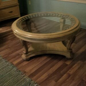 round glass coffee table London Ontario image 1