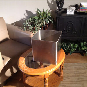 Stainless Steel cubed planter