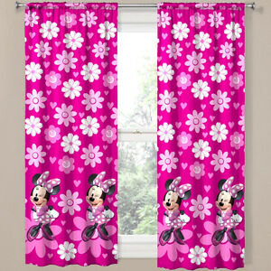 Super Sweet Minnie Mouse Twin Ensemble & Curtains Wall stickers Cornwall Ontario image 6
