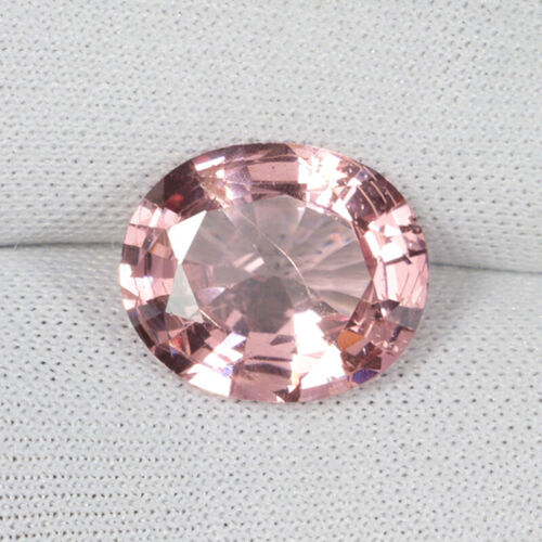 4.28 ct BEST GRADE RARE SOFT PEACH PINK - NATURAL SPINEL - See Vdo  8557B
