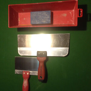 Taping tools and sanding pole