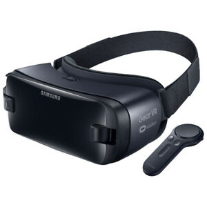 Samsung Gear VR Headset with Controller (R325N)