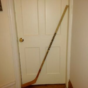 vintage 1970 torspo custom hockey sticks 3 left 1 right $30 each