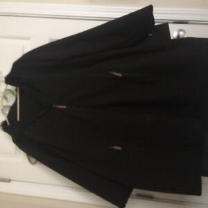 Ladies black coat. Like new. Size 3x