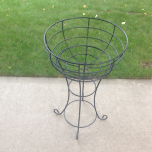 Metal Outdoor Plant Stand
