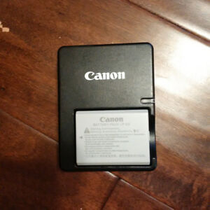 LP-E5 Camera battery and charger for Canon Rebel T1i, XSi or XS